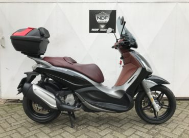 Beverly 350cc sport touring